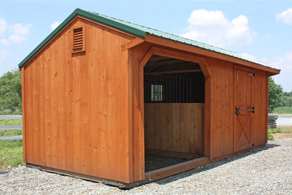 10x22 Horse Barn, Stained Wood Run-in Shed, Metal Roof, One Stall & One  Opening