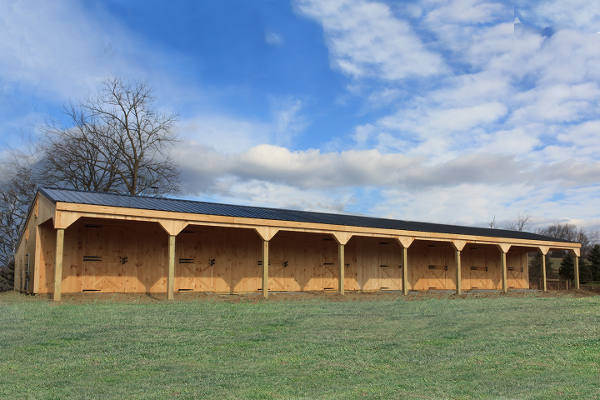 Example of a shedrow barn by Windy Hill.